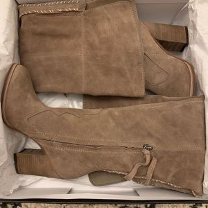 Brand New Dolce Vita Cliff Suede Boots! Size 7!